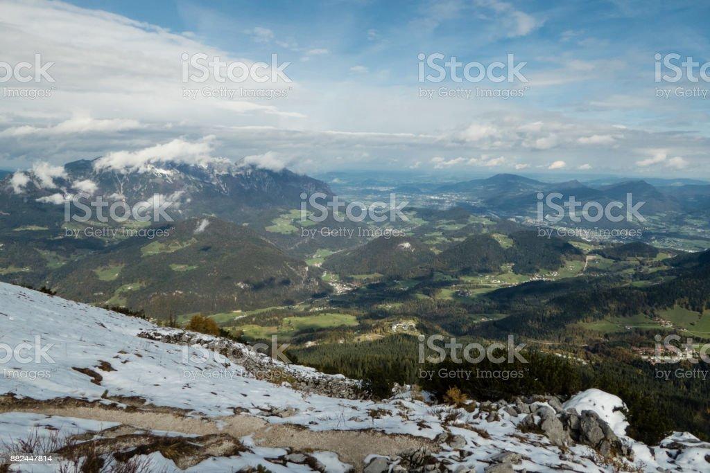 Blick ins Tal vom Kehlsteinhaus stock photo