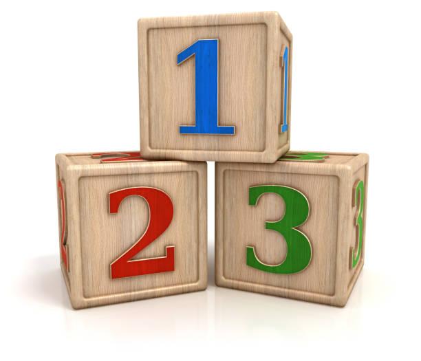 blocks mit zahlen 1 2 3 - mathematik 3. klasse stock-fotos und bilder