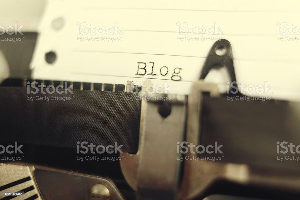 Blog-Seite auf retro Schreibmaschine – Foto