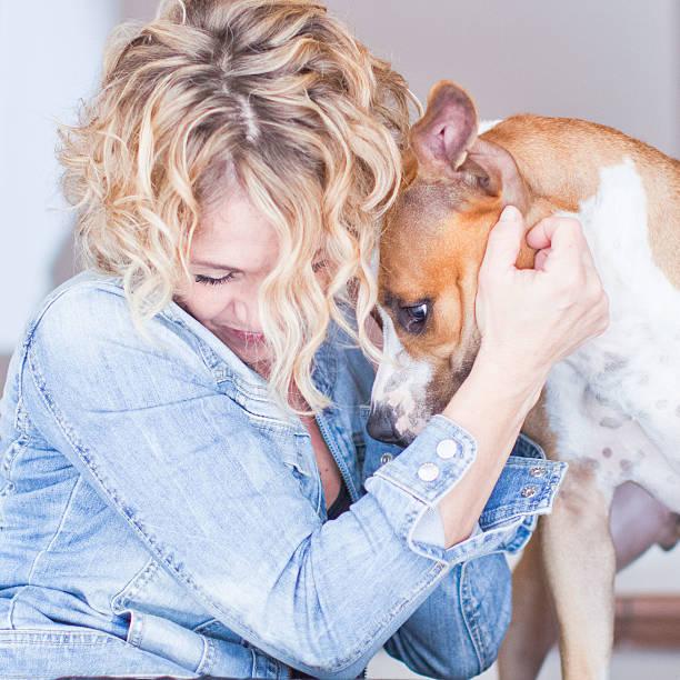 Blond woman with dog picture id466375769?b=1&k=6&m=466375769&s=612x612&w=0&h=y5sfognpwqpjdzgjdhdndyzavbhznwwa d  5a8vc3u=
