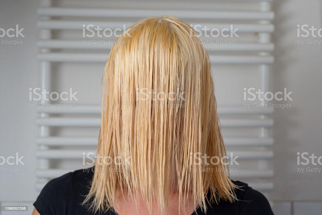 Schulterlange haare blonde Kurze Schulterlange