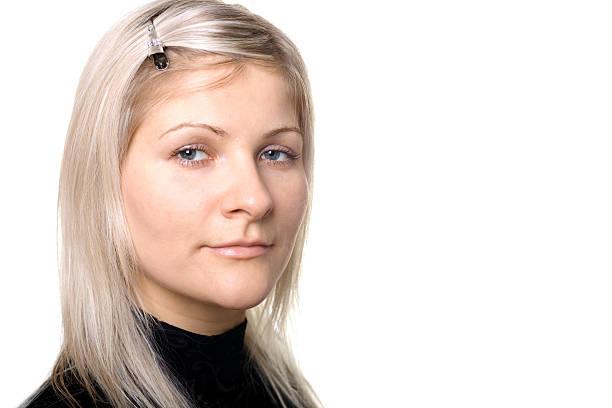 blonde mädchen, porträt - haarnadeln stock-fotos und bilder
