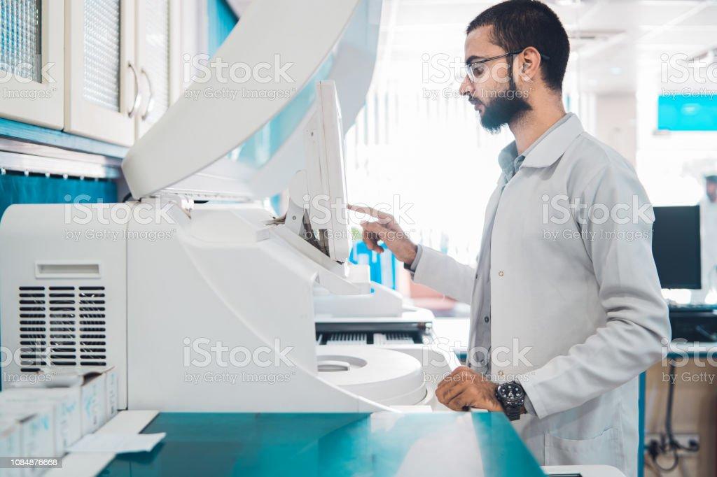 Informes de análisis de sangre. - foto de stock