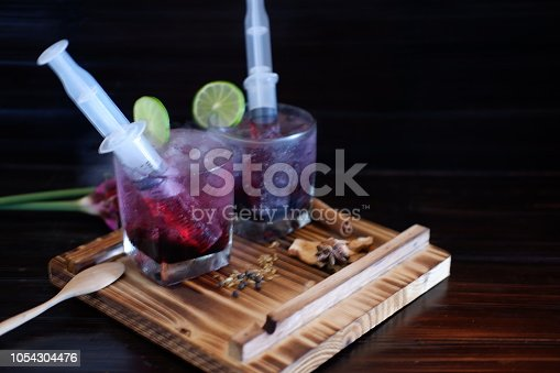 istock Bloodshot berry cocktail in party 1054304476
