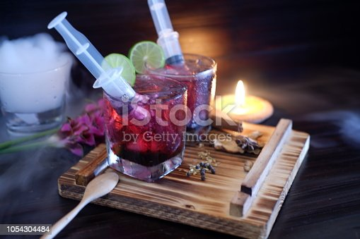 istock Bloodshot berry cocktail in party 1054304484