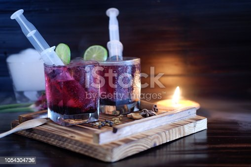 istock Bloodshot berry cocktail in party 1054304736
