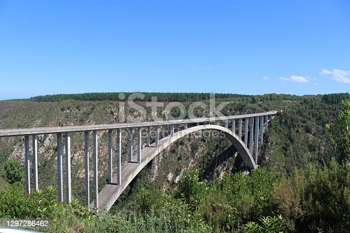 Bloukrans bunjee jumping bridge is an arch bridge located near Nature's Valley and Knysna in Garden route in western cape Africa