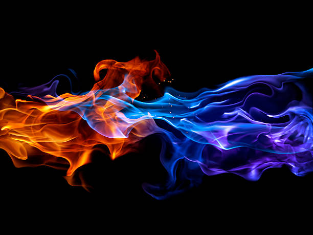 blue and red fire - vlam stockfoto's en -beelden
