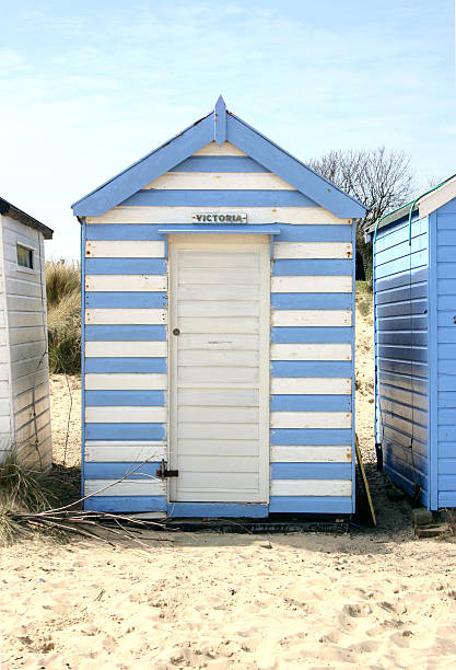 Blue and white striped beach hut striped beach hut southwold suffolk beach hut stock pictures, royalty-free photos & images