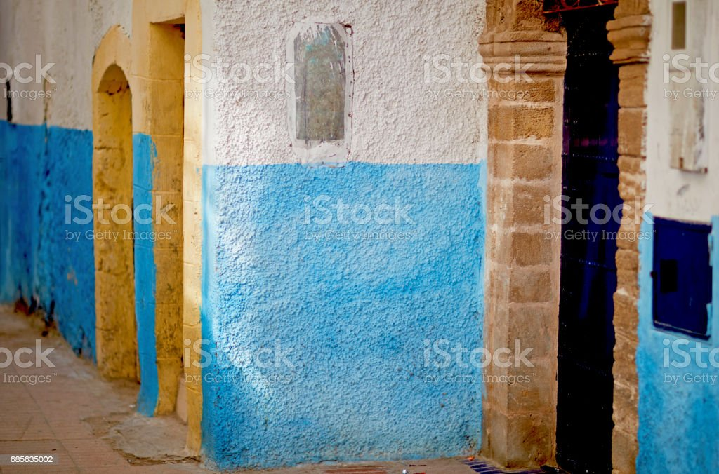 Blue and white textured wall in Marocco 免版稅 stock photo