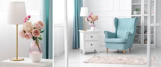 blau und weiß thema wohnzimmer collage - klassische sessel und goldene tischlampe und blumenvase - hellblaues zimmer stock-fotos und bilder