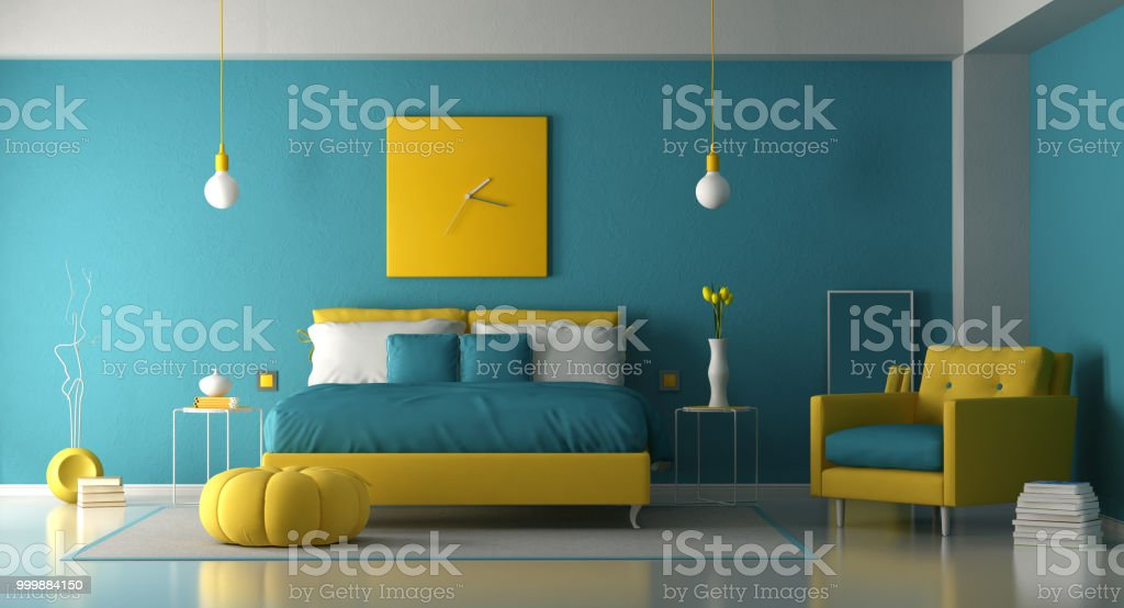 Blue and yellow master bedroom - foto stock