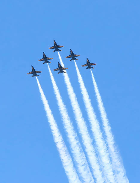 blue angels in perfect formation - first responders стоковые фото и изображения