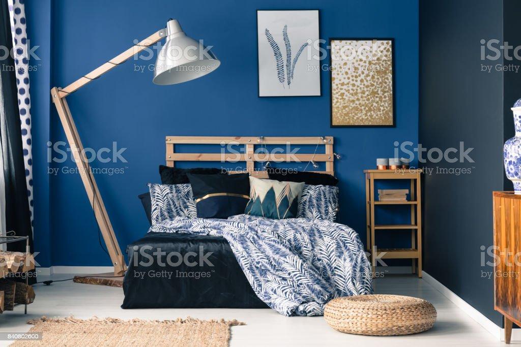Blaue Schlafzimmer, Hauch Von Gold Lizenzfreies Stock Foto