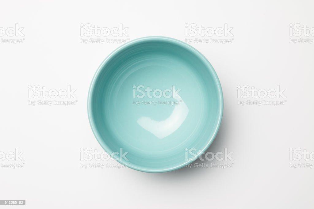 Blau Schüssel auf weißem Hintergrund – Foto