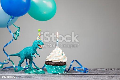 istock Blue Dinosaur Birthday Party 930588100