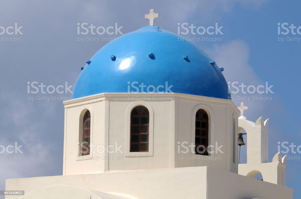 Azul dome en Santorini - foto de stock