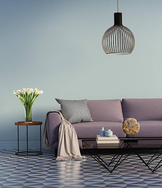 blue elegantes interieur mit lila couch und blumen - diy beton stock-fotos und bilder