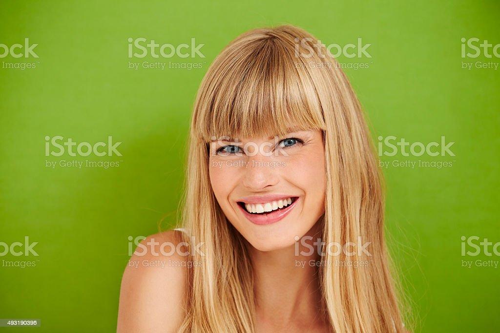 Blue eyed Modell auf Grün - Lizenzfrei 2015 Stock-Foto