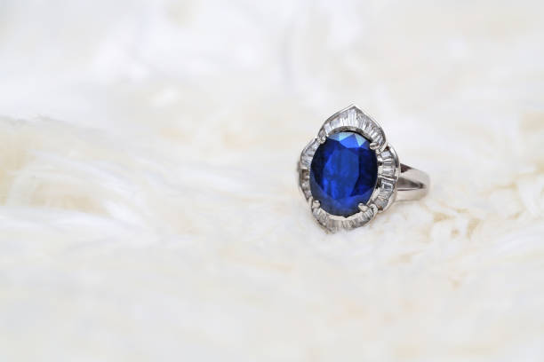 Cтоковое фото blue gem and diamond ring