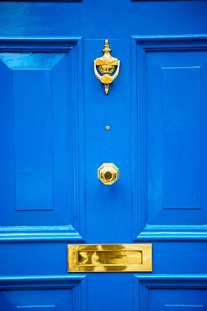 블루 연결가능한 런던 앤틱형 - 노커 뉴스 사진 이미지