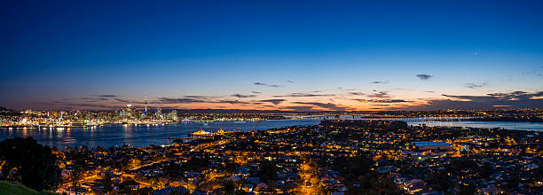 Blue Hour from Mount Victoria Mount Victoria is an extinct volcano near Devonport in Auckland. It offers spectacular views of the city, especially at sunset. mt victoria canadian rockies stock pictures, royalty-free photos & images