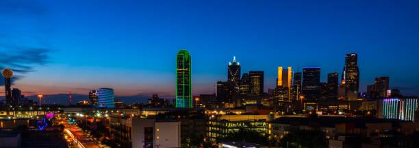 blue hour nightscape panoramic dallas texas skyline cityscape picture id1159234425?k=6&m=1159234425&s=612x612&w=0&h=PeskoxvBWUj3Cl4