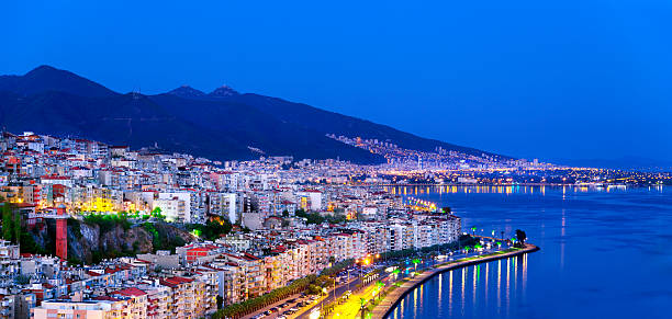 Blue izmir Skyline near the Bund at night Blue izmir Skyline near the Bund at night huangpu district stock pictures, royalty-free photos & images