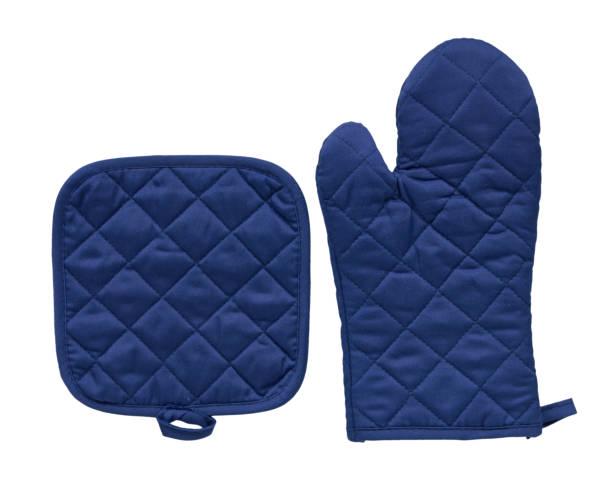 Blauwe keuken handschoen, warmte bescherming en veiligheid. foto