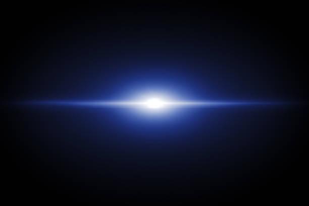 Blue Lens Flare auf schwarzem Hintergrund – Foto