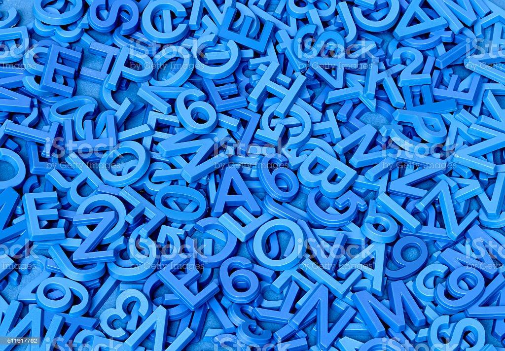 Blau Buchstaben auf Blau – Foto