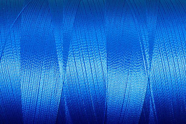 Azul con rosca metálica - foto de stock