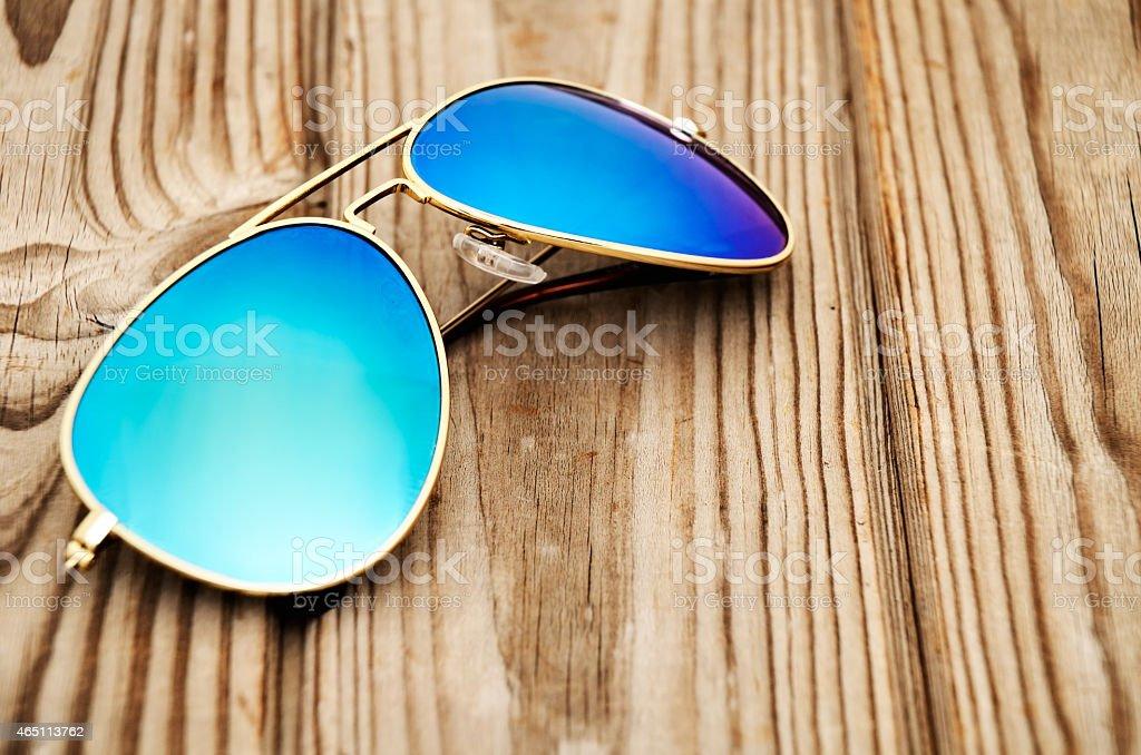 Plano Madera Primer Sol Foto Gafas Azul Fondo Espejo En El De vmON80wn