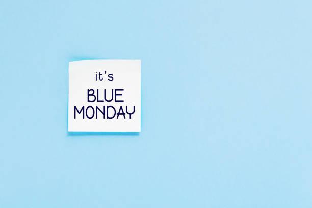 testo del lunedì blu. adesivo sulla parete blu. - blue monday foto e immagini stock