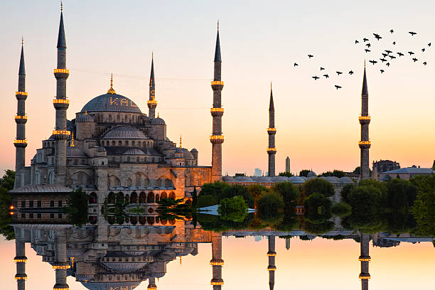 blue mosque and hagia sophia - eminonu district stockfoto's en -beelden