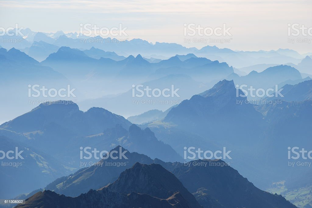 Blue mountain ranges silhouette – Foto