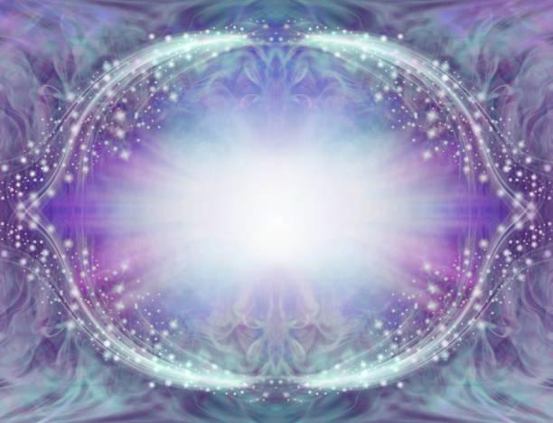 cadre de bordure angélique bleu violet étincelant - éther photos et images de collection