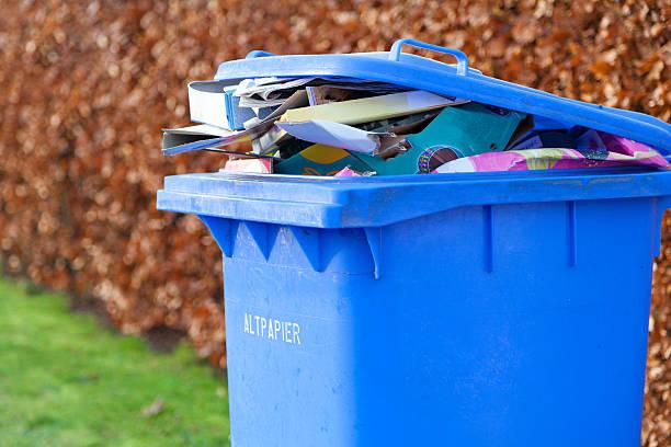 Blaue recycling-Behälter – Foto
