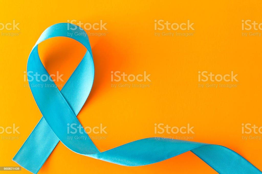 Faixa azul.  Isolado em um fundo laranja com espaço vazio para texto foto de stock royalty-free