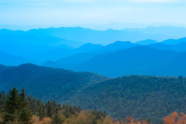 Montañas Blue Ridge, a principios de septiembre - foto de stock