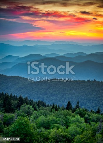 istock Blue Ridge Parkway Scenic Landscape Appalachian Mountains Ridges Sunset Layers 154232673