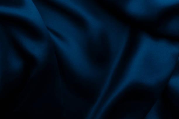 blauen satin seide, elegante stoff für hintergründe - satin stock-fotos und bilder