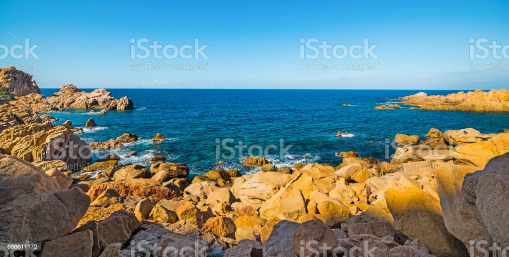 Blue sea under a clear sky royalty-free stock photo