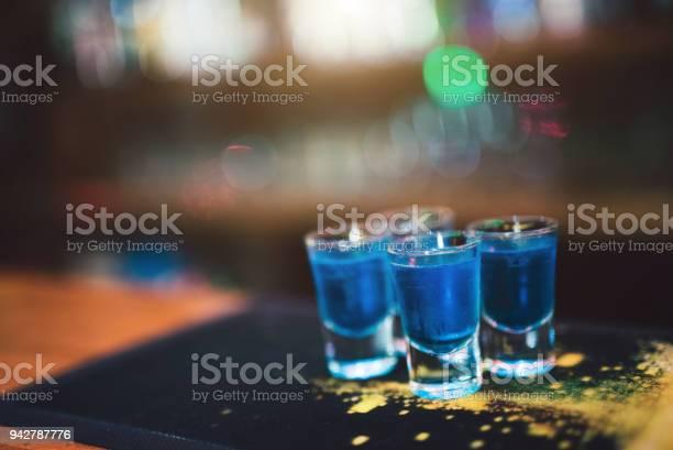Blue shot cocktails picture id942787776?b=1&k=6&m=942787776&s=612x612&h=mbsvpg5fenfoqxwiz3i  qdkgf4adnqr4tw udw1uva=