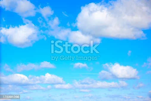 istock Blue Sky and Cloud 175391256