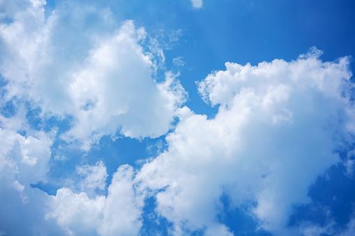 푸른 하늘 그리고 자연 배경 복사 공간에 대 한 구름 0명에 대한 스톡 사진 및 기타 이미지