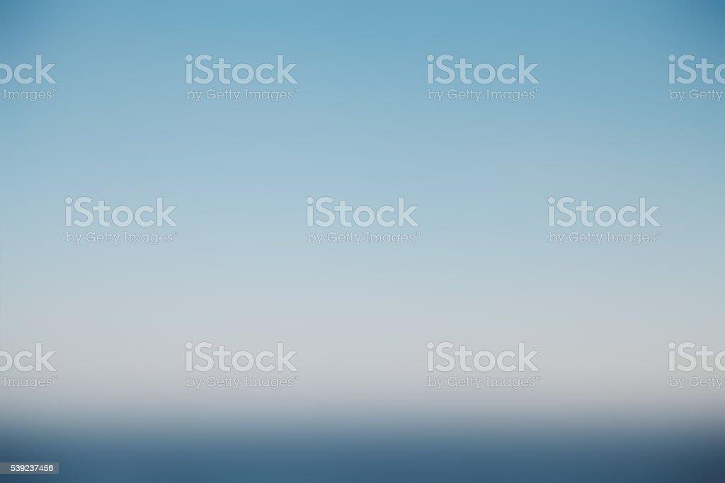 Cielo azul y el mar de desenfoque de fondo. foto de stock libre de derechos
