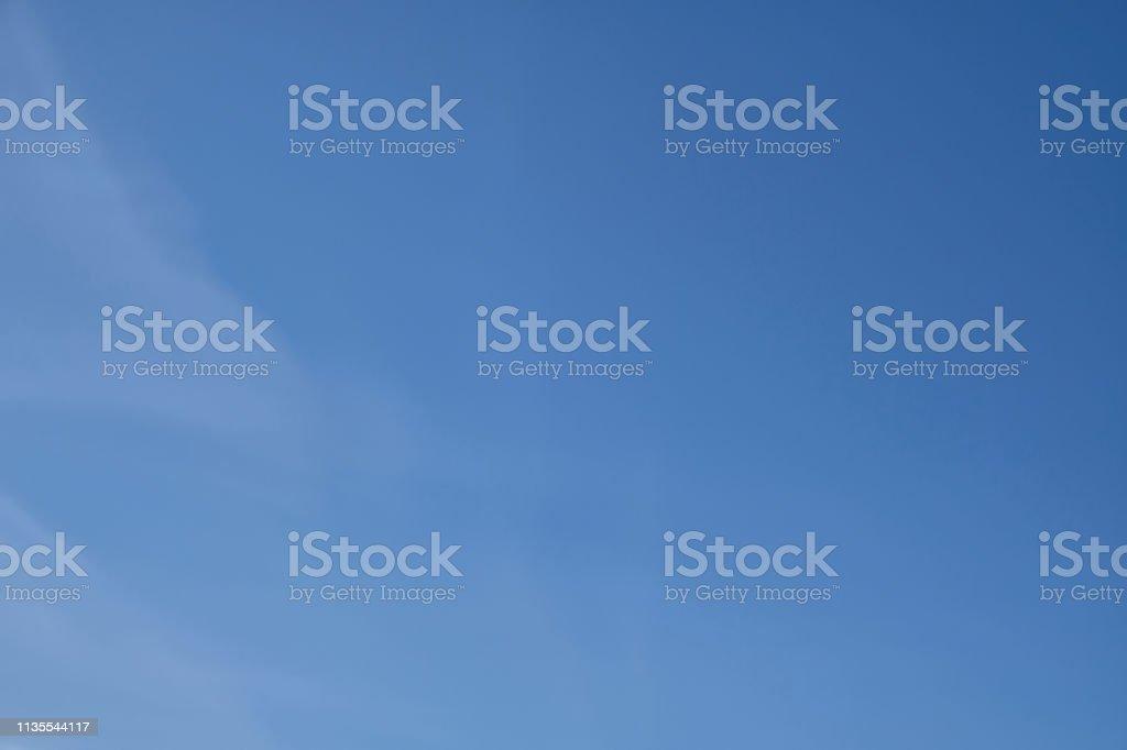 Blauer Himmel, Bildhintergrund, Textur, schweifende Wolken, Tapetenmuster – Foto