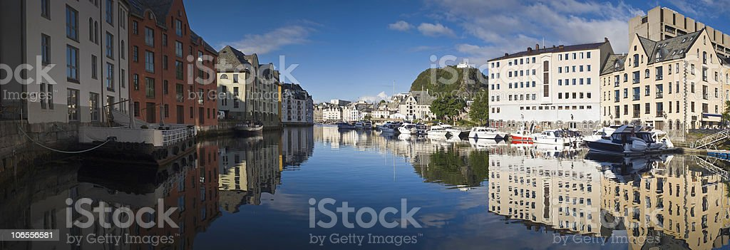 Blue sky reflections royalty-free stock photo