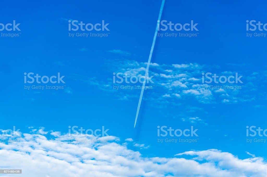 Blu cielo con il cloud  foto stock royalty-free